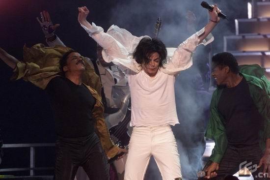 图文:杰克逊演唱会回顾--杰克逊与兄弟同台