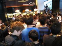 上海歌迷悼念杰克逊:人间再无太空步(组图)