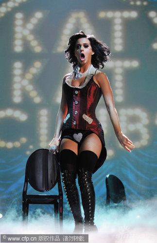 图文:2009MTV欧洲音乐大奖--凯蒂佩里桃心内裤