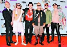 组图:MTV欧洲音乐奖颁奖秀不怕不美就怕不雷