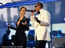 全美音乐奖斯维夫特揽五奖天王杰克逊成就历史