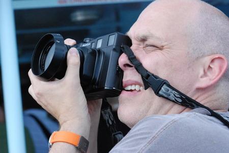 用胶片相机拍摄芝加哥世博会遗址的外国发烧友