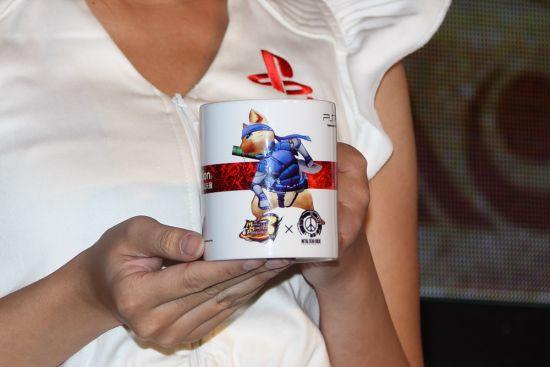 潜行装造型随行艾路的特制非卖纪念马克杯