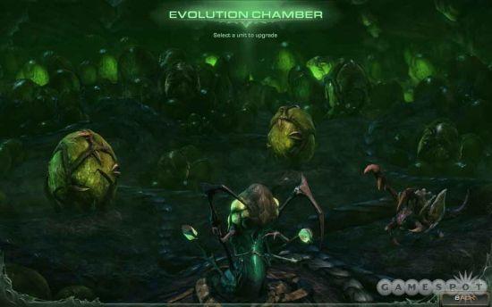 在进化室中可以对单位进行升级