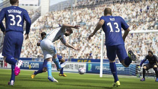 《FIFA 14》游戏截图 (13)