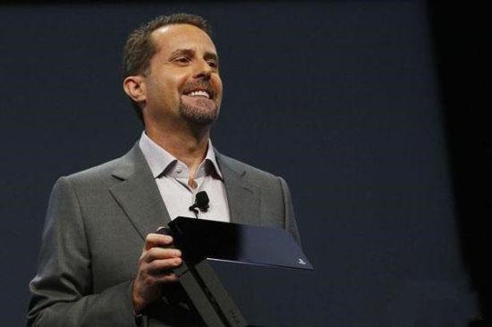 索尼电脑娱乐欧洲公司的总裁和CEO Jim Ryan一上台就向玩家宣布了一个重大消息:PS4全球销量已达1000万台