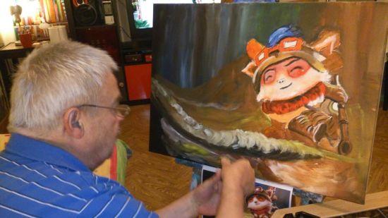"""以下为这位老父亲为他的""""孩子""""绘画的提莫君的图片,看来英雄联盟真"""