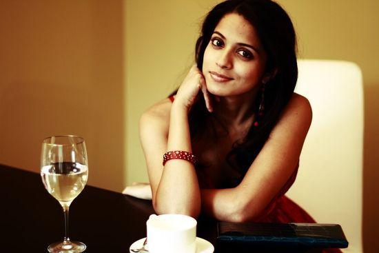将在该集中扮演女主角的印度裔女演员Mouzam Makkar
