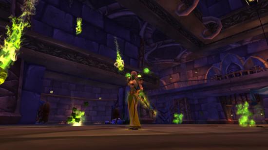视频 绿色 术士/绿色套装,主要是配合做过绿火任务的术士,效果就是非常绿……...