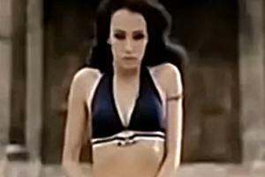 穿越火线CF 美女的诱惑真人版巨搞笑视频