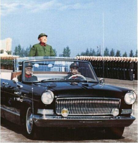 邓小平1984年大阅兵