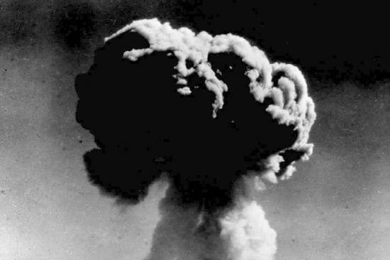 中国第一颗原子弹爆炸成功
