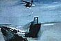 直升机在风暴中救援被困海上船员