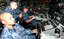 美核潜艇潜伏中国周边 高调曝光内部设备