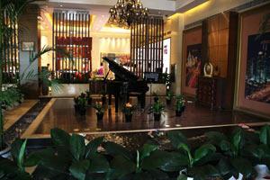 售楼处内的水上钢琴