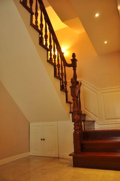 楼梯间-亚光亚资深设计师许薇个人作品中天花园