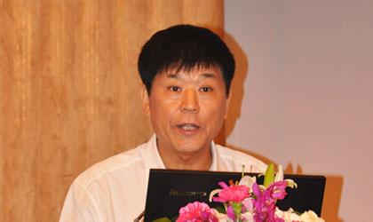 中国房地产业协会产业协作委员会秘书长 张力威新形式下房地产需要平台整合资源