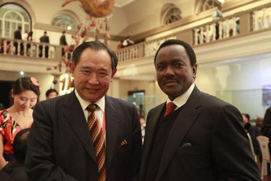 中国世界和平基金会与各国NGO相聚中非民间论坛