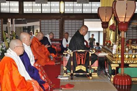 日本佛教天台宗住持历史性首次参拜高野山(组图)