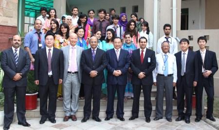 中国世界和平基金会率团访问巴基斯坦签署系列协议