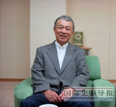 中日军官七年来持续交流政冷时期也未中断(图)