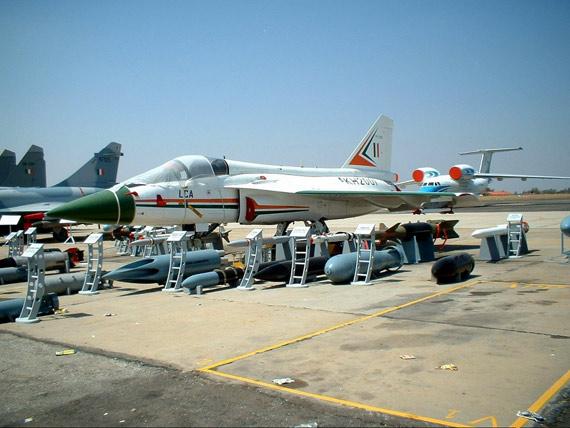 印度国产LCA战机已具备投放精确制导炸弹能力