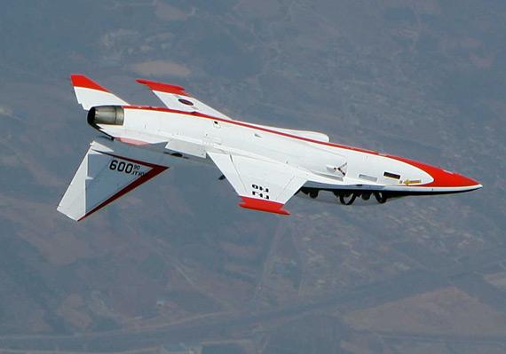 """""""猎鹰""""与T-50在性能指标、总寿命上处于同一水平"""