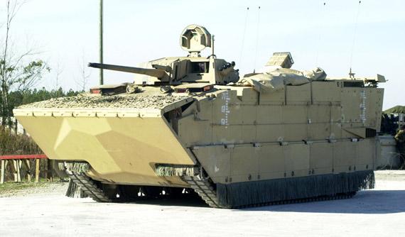 美国EFV远征战车就会发现它的火力实在简单――只有一个安装MK44型30毫米机炮的小型双人炮塔