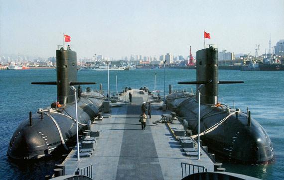 近年来中国海军列装大量国产新型常规潜艇