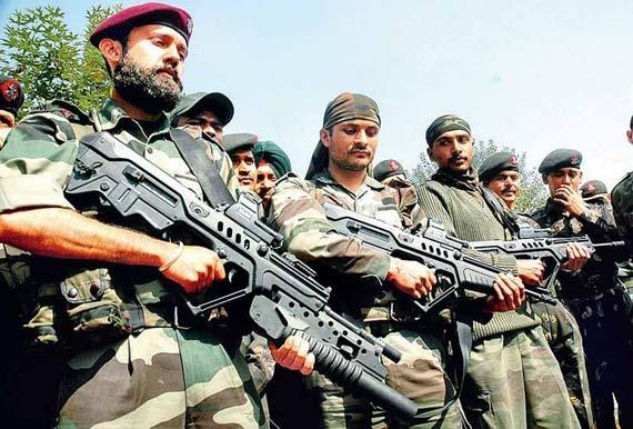 印度向以色列购买了大量TAR-21步枪
