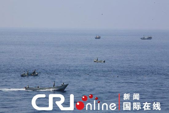ships, pirate ship attack on the Chinese escort fleet