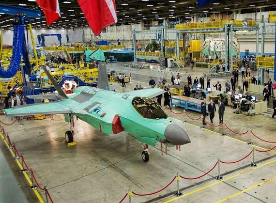 美军F-35战机单价翻两番,目前已经接近一亿美元