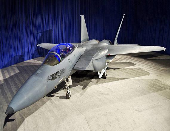 波音公司去年公开的F-15SE战机样机