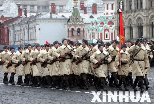 俄首次邀美英法军队参加红场阅兵庆祝二战胜利!!