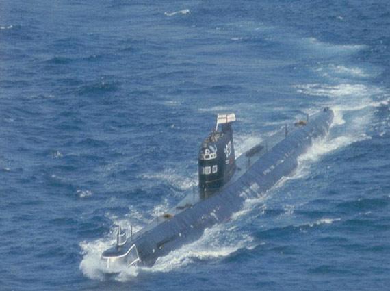 印度海军装备的老式狐步级常规潜艇