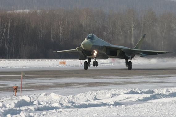 苏霍伊公司公开的第五代战机试飞图。来源:俄罗斯苏霍伊公司网站