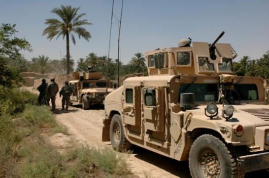 美国悍马军车无法抵挡路边炸弹遭军方抛弃(图)