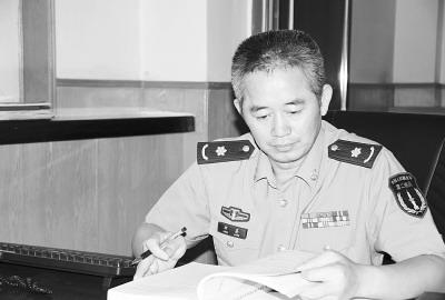 第二炮兵装备研究院某研究室主任邓亮