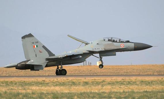 资料图:印度空军列装的俄制苏-30MKI歼击机