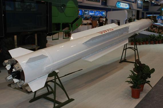 SY400远程制导火箭弹 摄影:门广阔