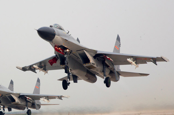 中国空军已经批量列装国产歼11B多用途战机