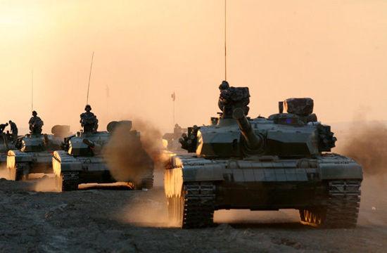 资料图:我军99式坦克参加演习