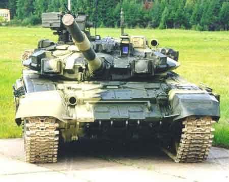资料图:T-90前视图