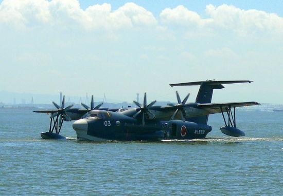 装备的us-2型水上飞机