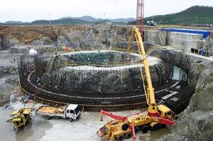 朝鲜一处核反应堆施工现场