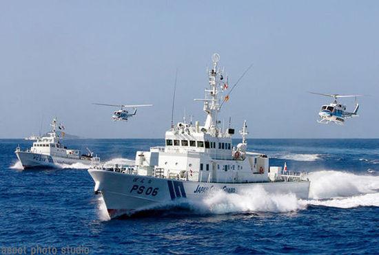 资料图:日本巡逻舰在钓鱼岛附近活动