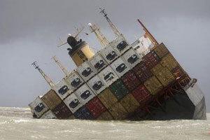 用沉船阻塞航道的方法简便易行,但结果将是两败俱伤