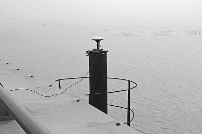 差分北斗系统船载终端天线