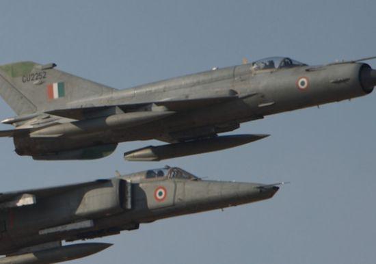 印度空军米格-21与米格-27战机编队