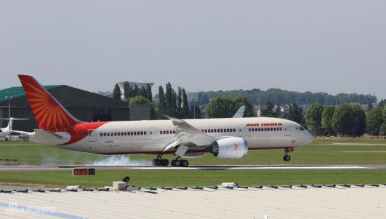 印度航空公司波音787飞机.摄影:门广阔 陈诚 未经许可 不得转载